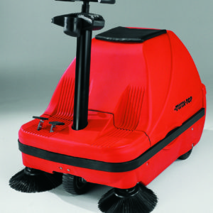 Ride on vacuum sweeper